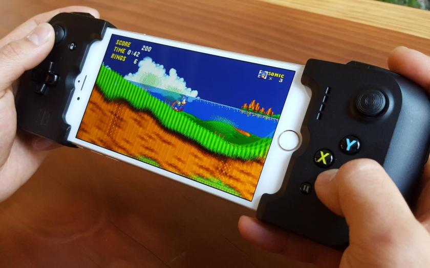 gamevice-iphone-001